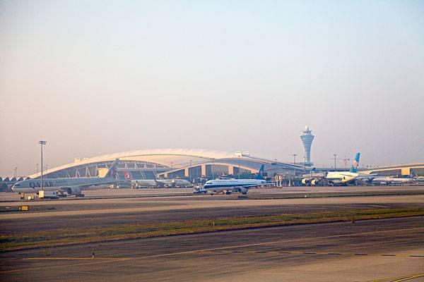 飞机 机场 桥 桥梁