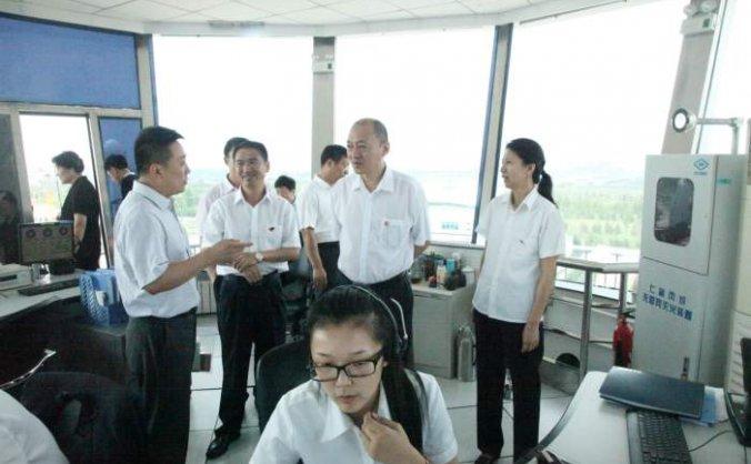 华北空管局局长文学正一行到呼伦贝尔空管站进行现场办公